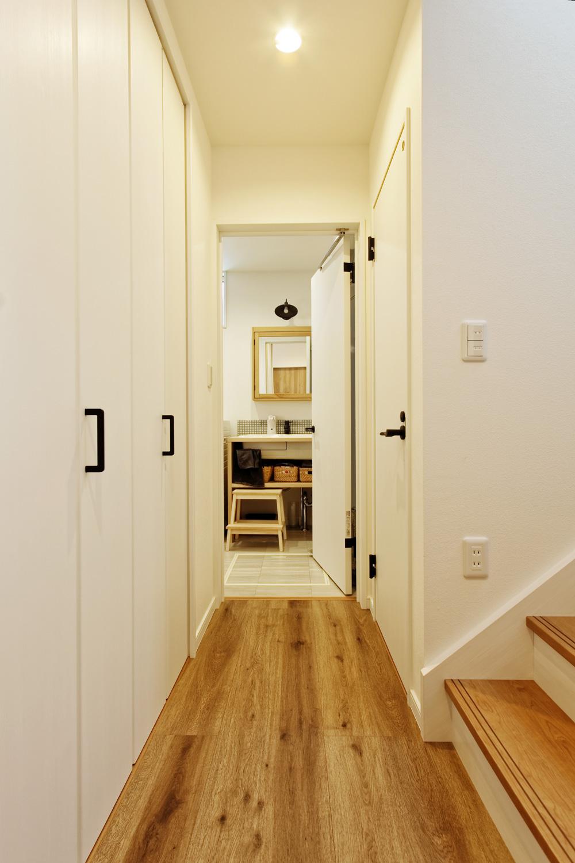柏市の注文住宅「家族だけで楽しめるウッドデッキから続く、開放的なリビングが魅力の住宅」